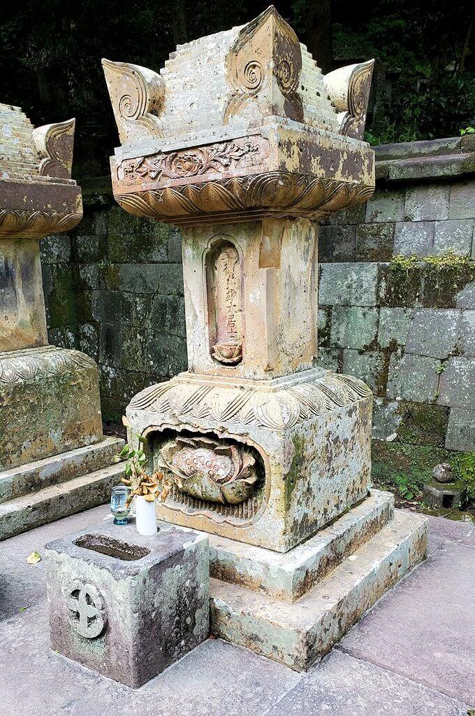 福昌寺跡で島津斉彬公のお墓を発見3