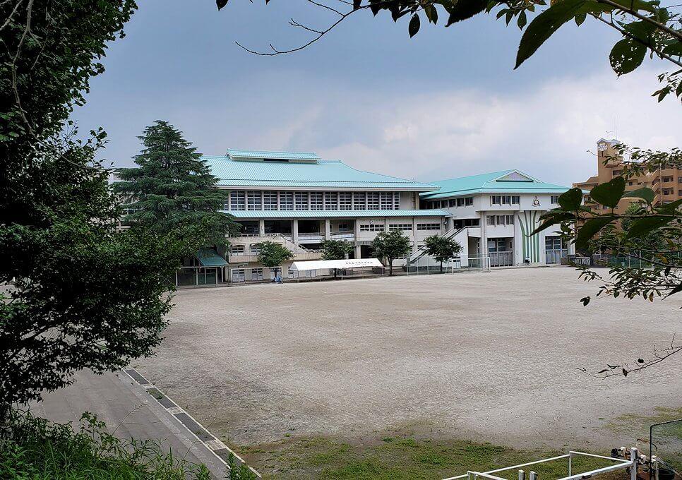 福昌寺跡近くにある学校
