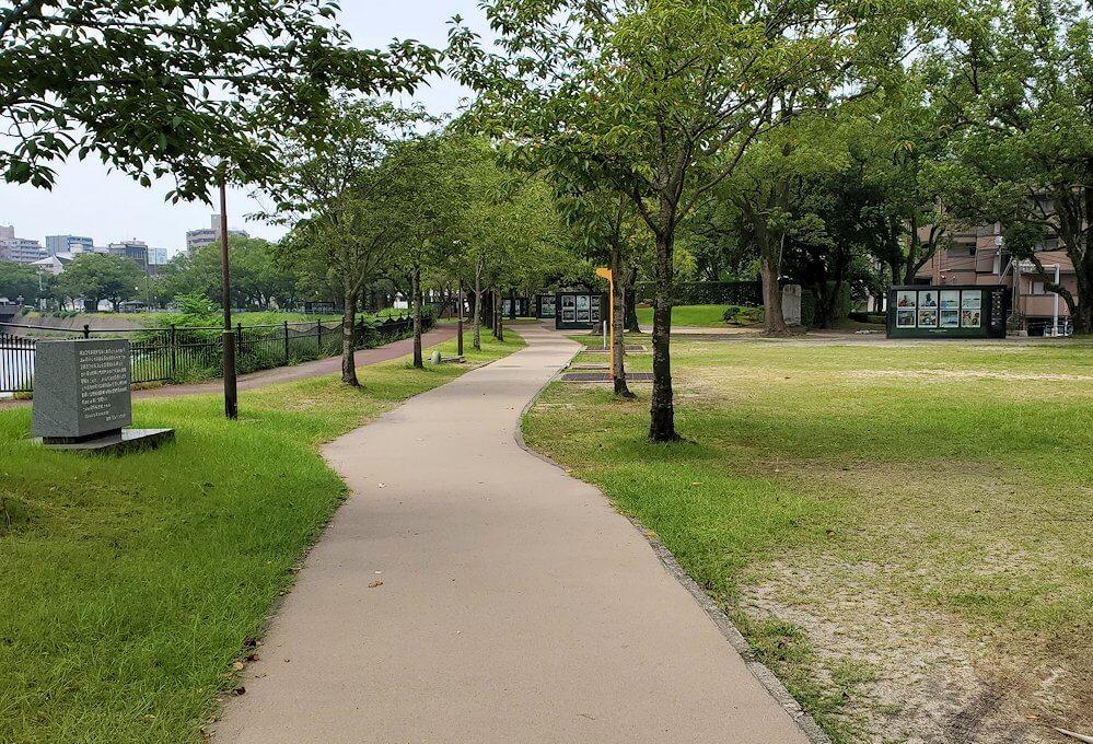 鹿児島市内の甲突川周辺を歩く