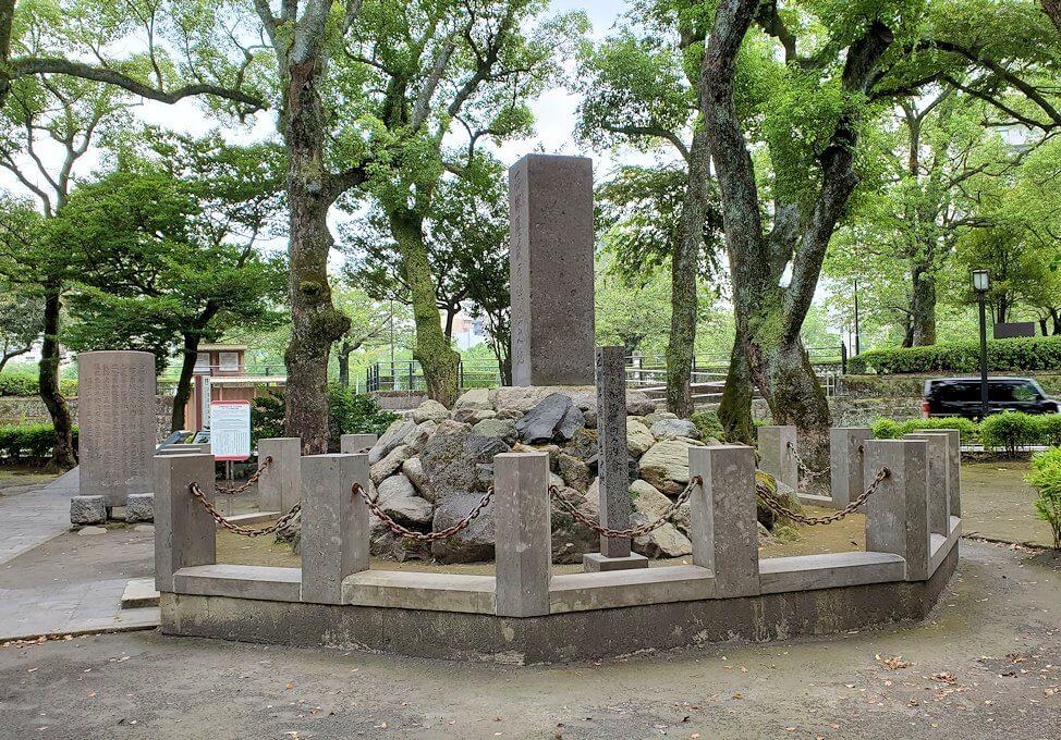 鹿児島市内「維新ふるさとの道」にある、西郷隆盛生誕の記念碑2