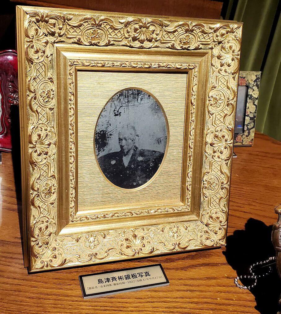 維新ふるさと館内にあった、銀板写真のレプリカ1