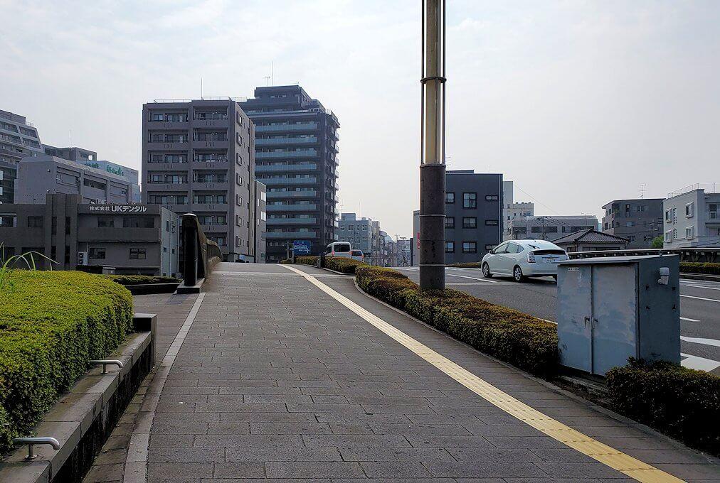 鹿児島中央駅に向かって歩く途中の景色1