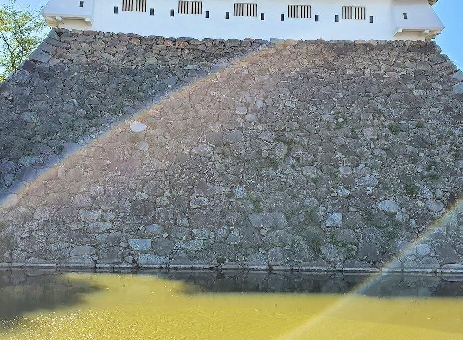 小倉城の石垣と堀