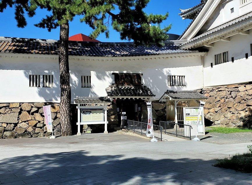 小倉城への入口
