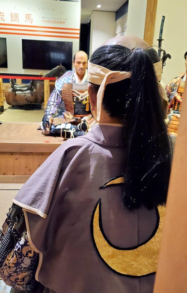 小倉城内にある、侍の人形