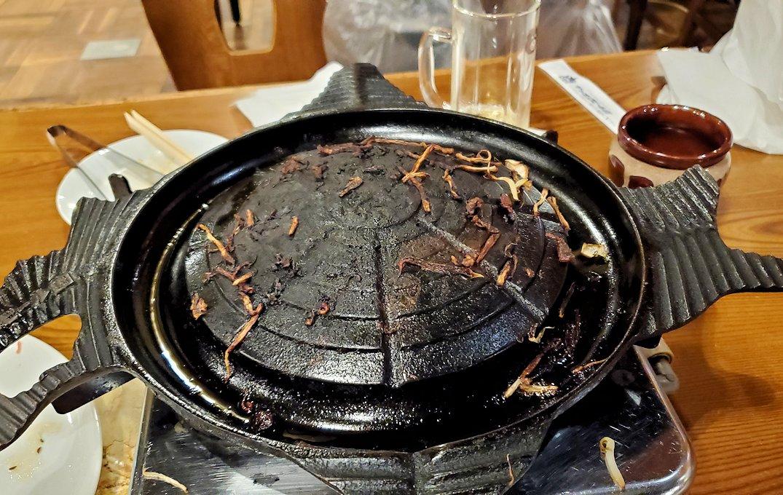 「サッポロビール園」で食べ終わった後のジンギスカン鍋
