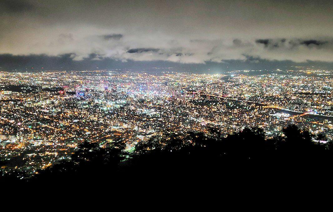 「藻岩山展望台」から眺める札幌の夜景5