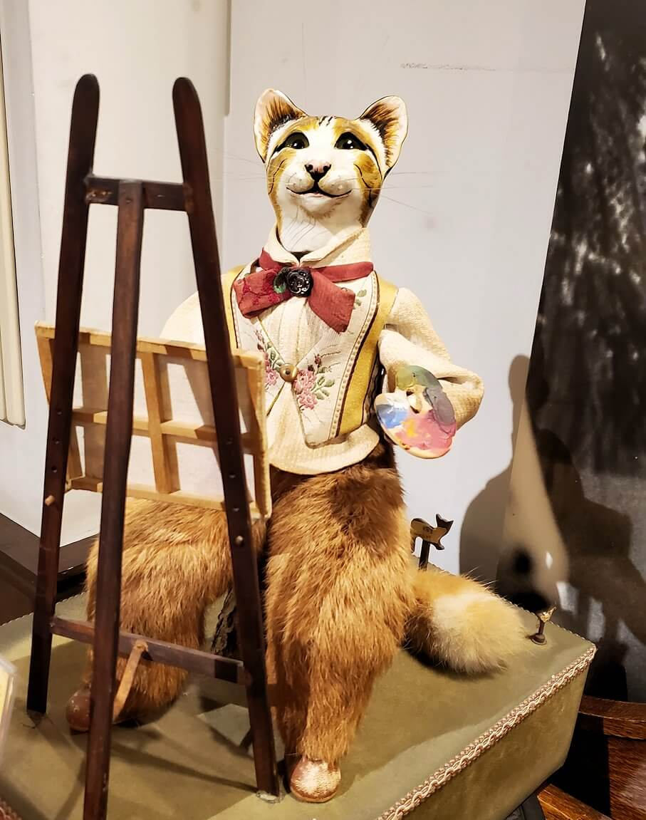「小樽オルゴール堂:2号館」に展示されている、猫ちゃん人形のオルゴール2