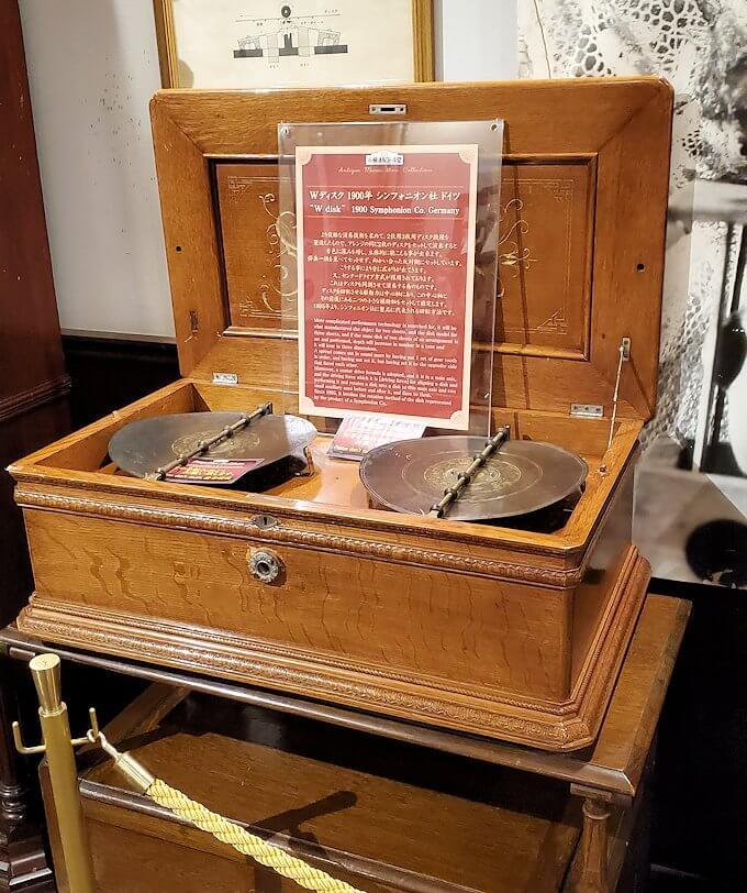 「小樽オルゴール堂:2号館」で展示されているオルゴール
