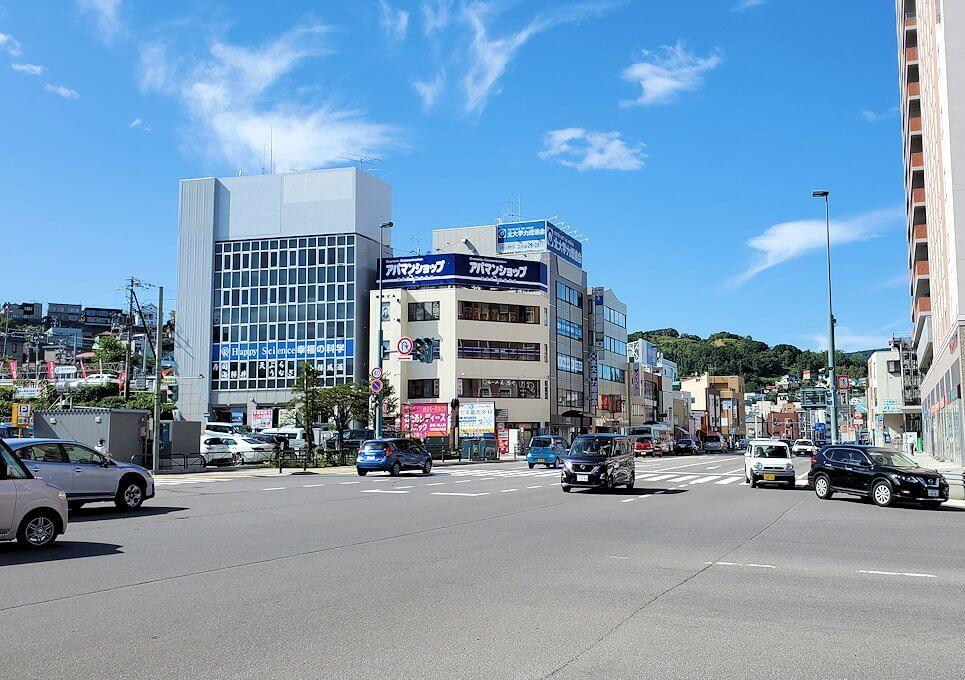 小樽駅のある交差点の景色1