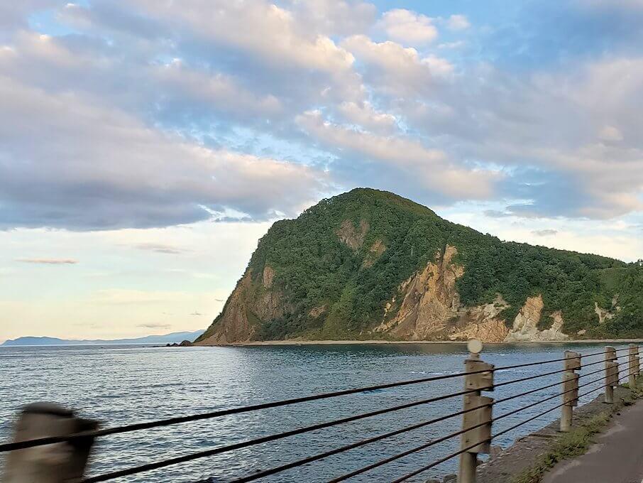 ニセコ積丹小樽海岸国定公園沿いの道を走る1
