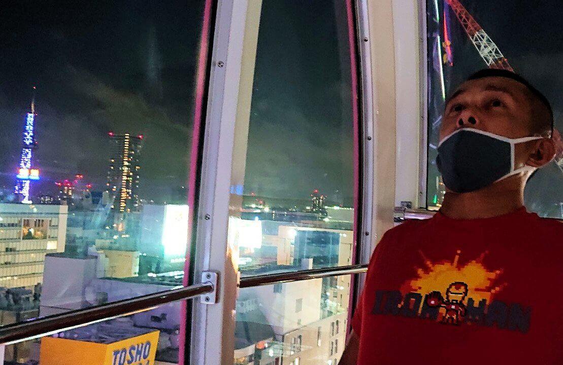 札幌市内にあるノルベサという商業施設にある観覧車に乗り込で見える景色7