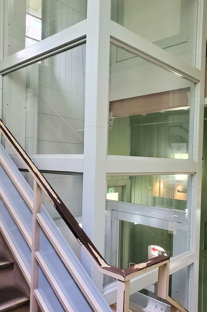 札幌時計台の2階へ進む1