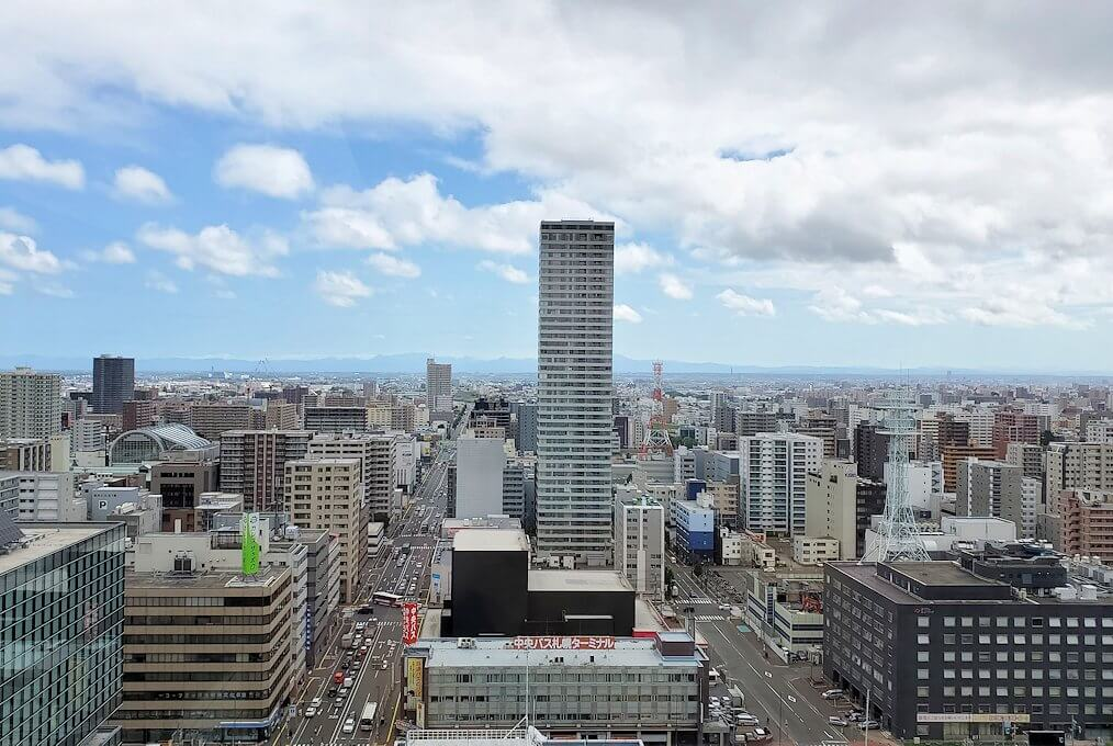札幌市役所の展望台から眺める2