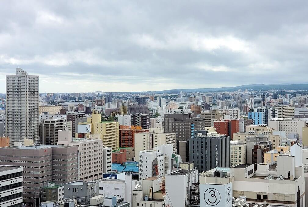 札幌市役所の展望台から眺める4