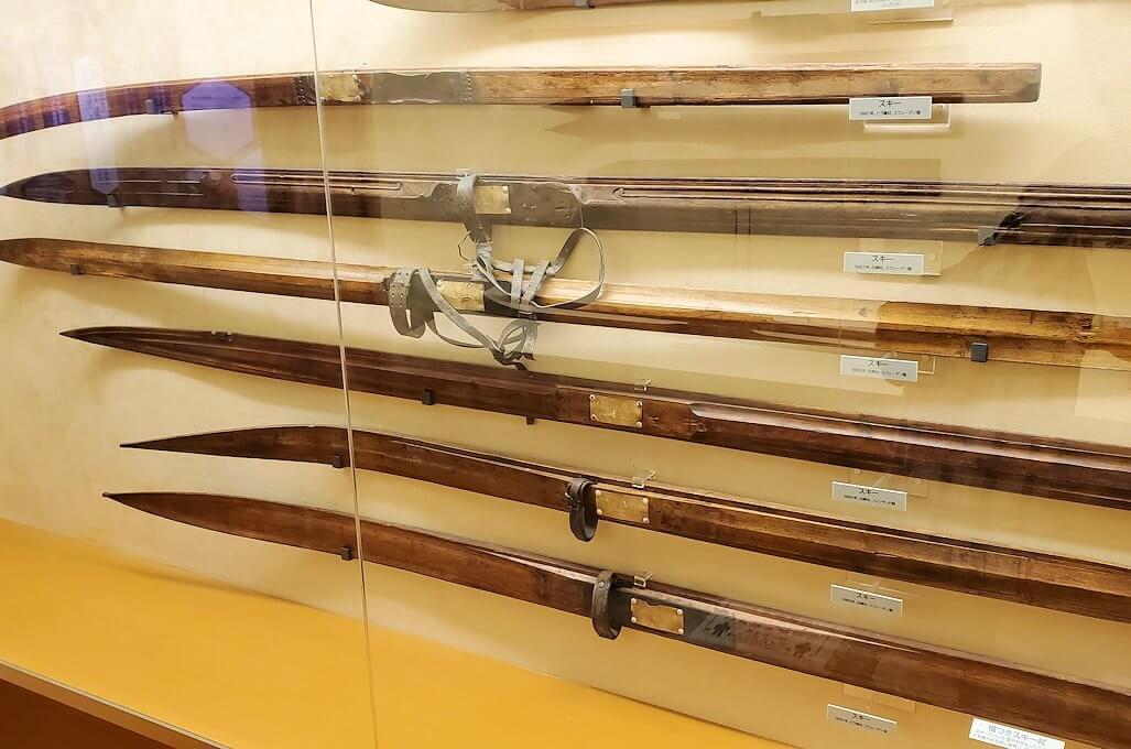 昔使われていたスキー関連の品々