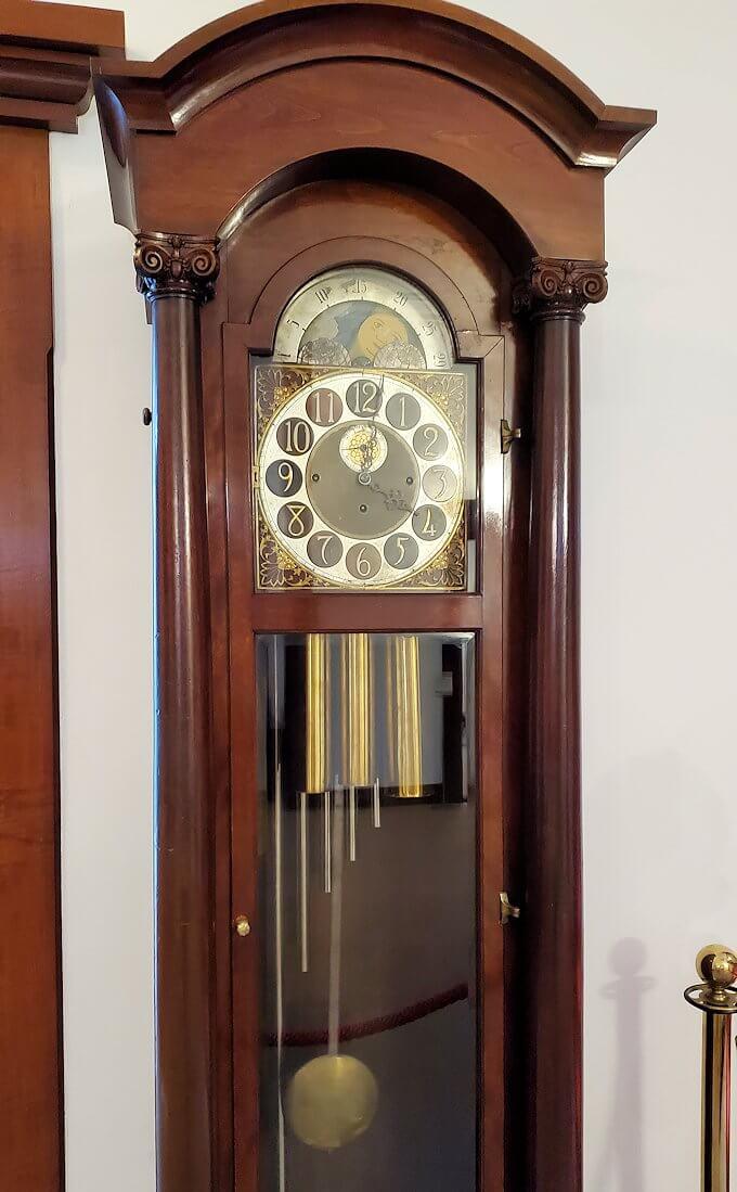 中島公園内にある「豊平館」のロビーにある時計