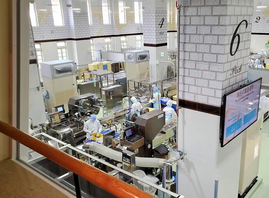 チョコトピアファクトリーの工場見学ライン1