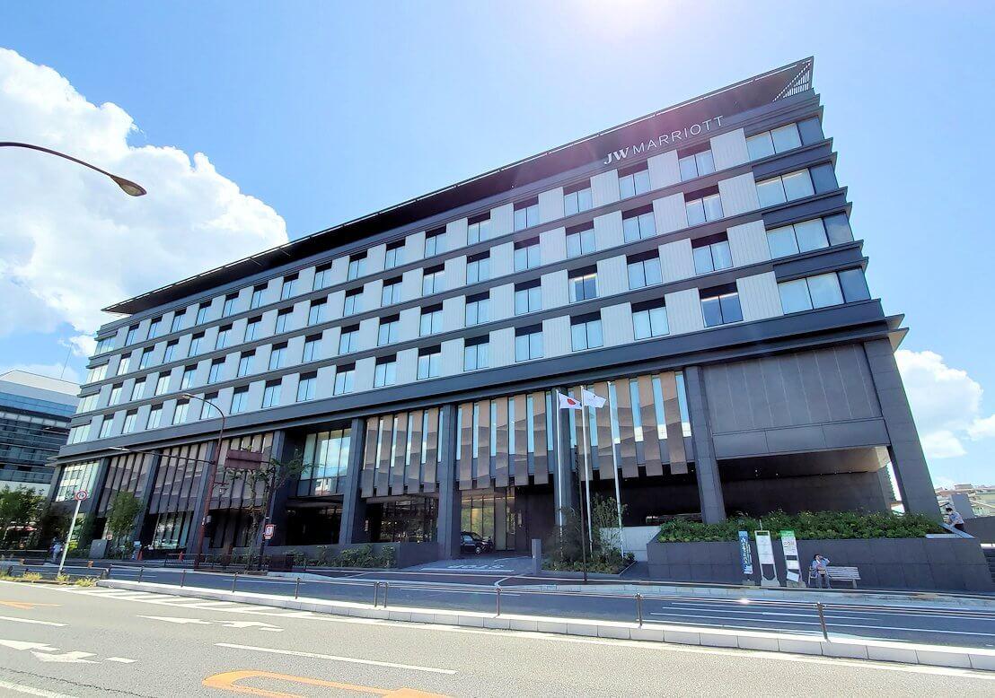 奈良市庁舎の向かいにある、新しいマリオットホテル