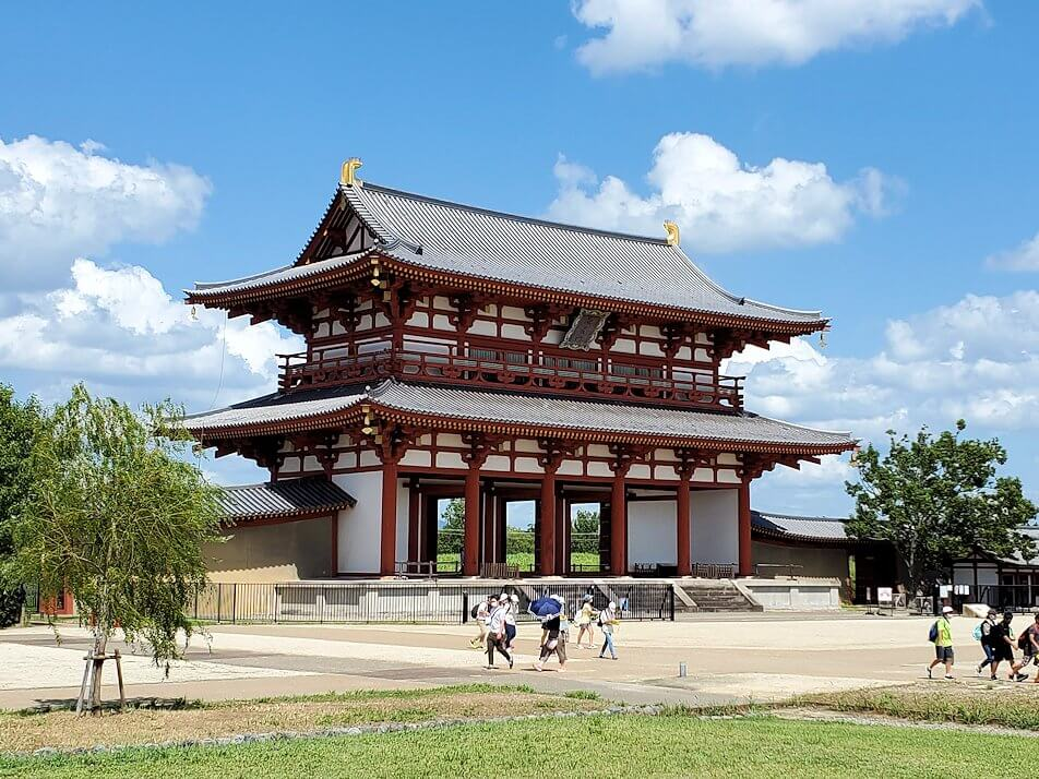 平城京跡の朱雀門