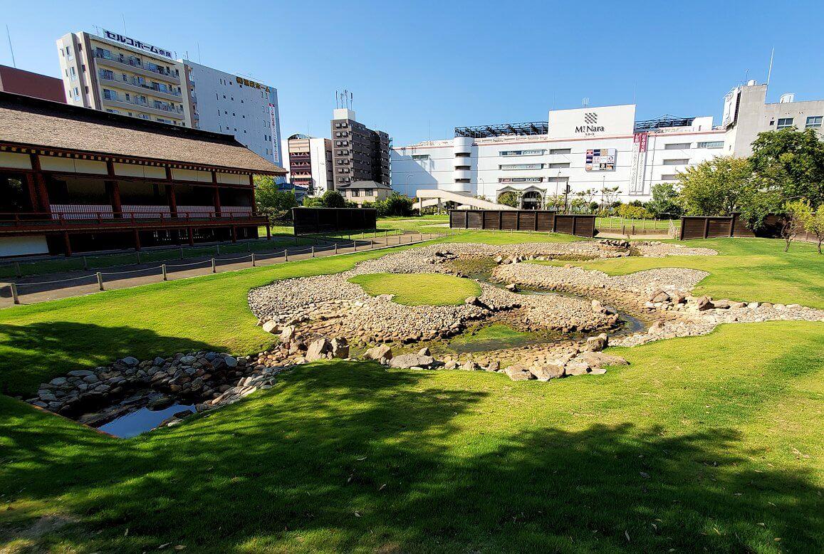 平城京左京三条二坊宮跡庭園の景色