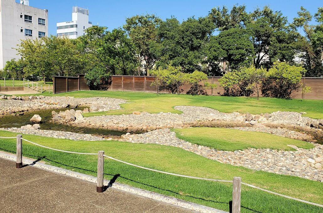 平城京左京三条二坊宮跡庭園の景色1