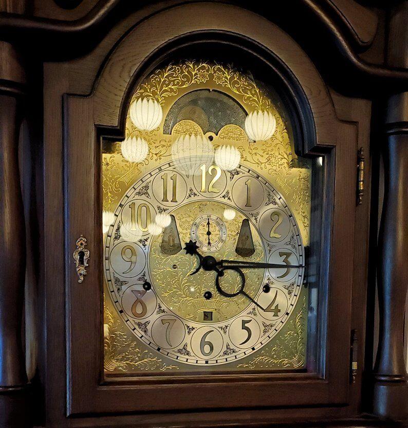奈良ホテル内にある、昔の時計