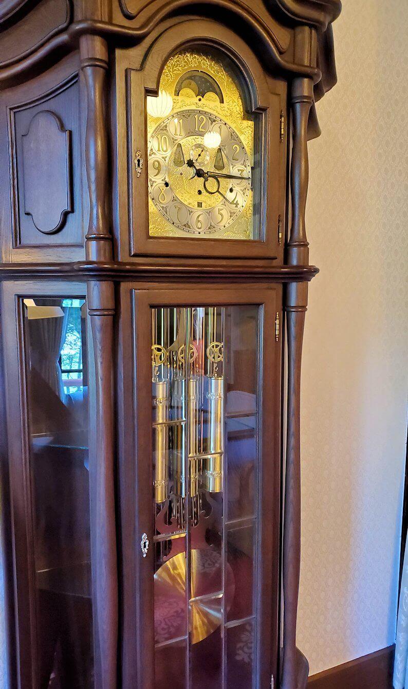 奈良ホテル内にある、昔の時計1