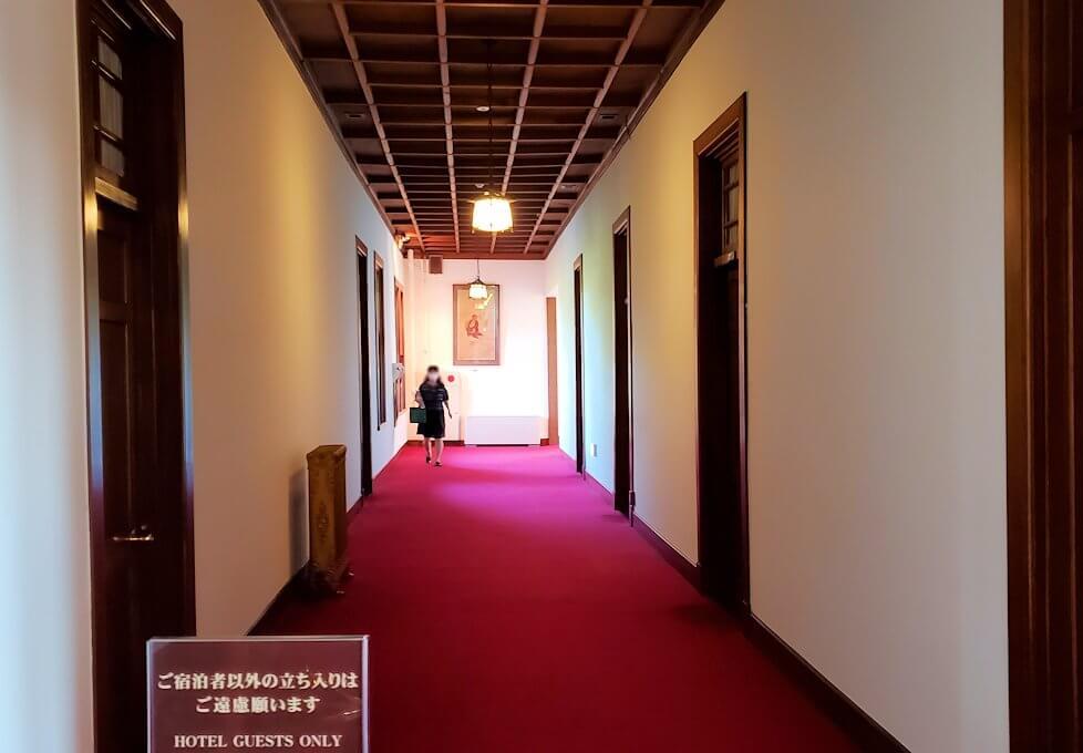 奈良ホテル本館2階フロアの廊下