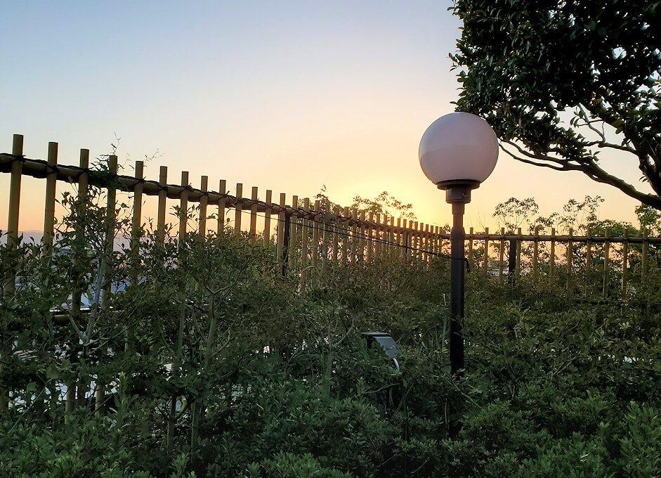奈良ホテル:ビアテラスから見る夕陽1