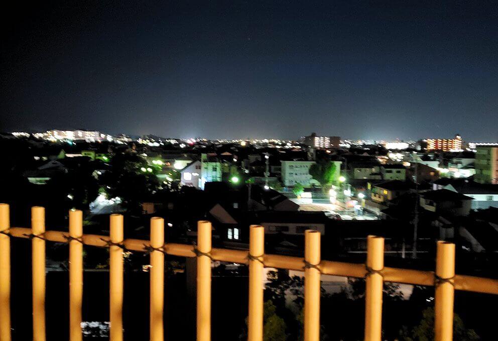 暗くなった奈良ホテル:ビアテラスからの景色
