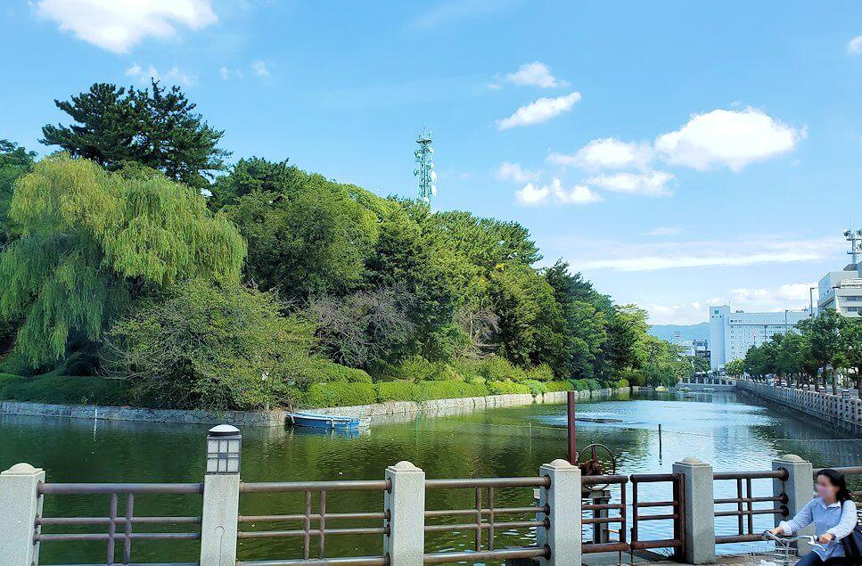 松山空港から出るリムジンバスからの景色1