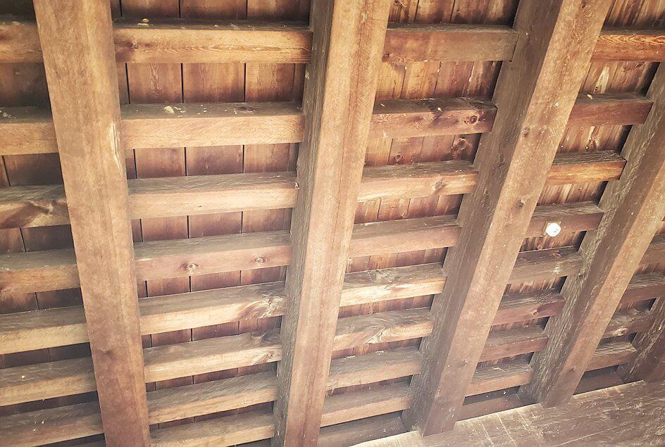 松山城筒井門の内側から見た天井