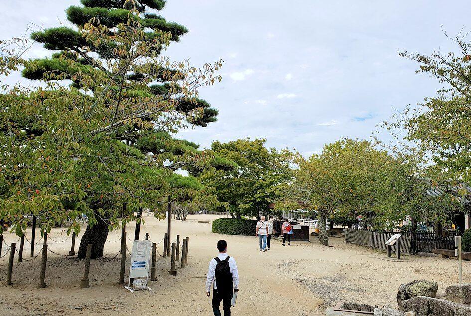 松山城本丸広場の景色