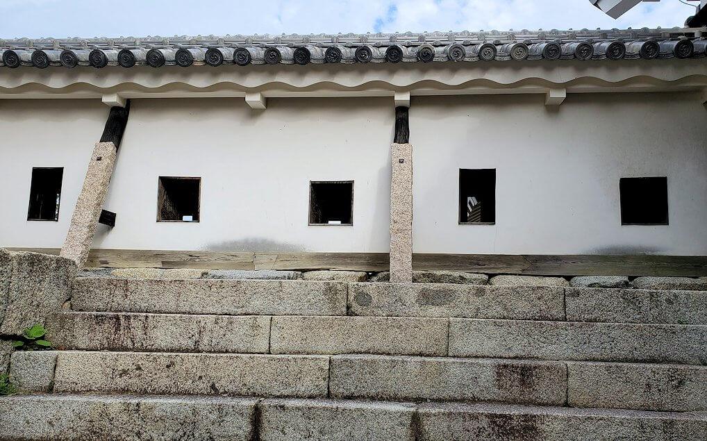 松山城本壇の「三ノ門」の先にある三ノ門南櫓
