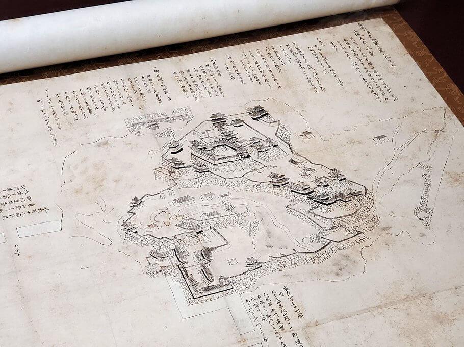 松山城大天守内の展示品、松山城俯瞰図
