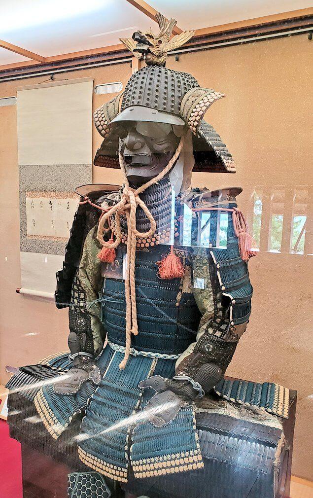 松山城天守閣に保管されている鎧1