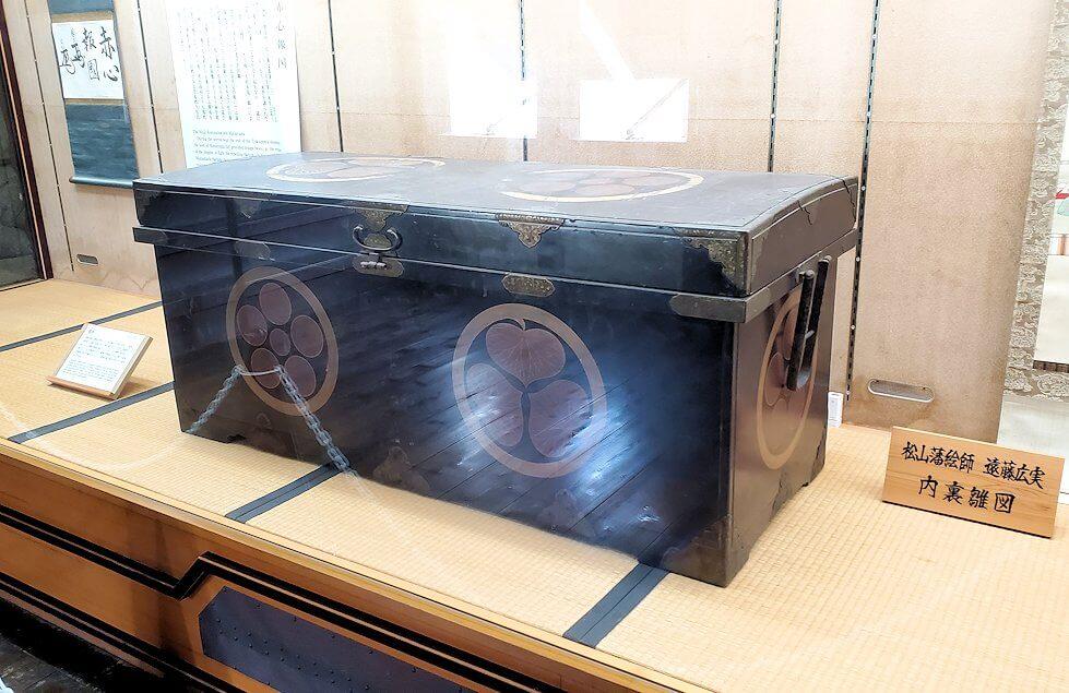 松山城天守閣内の展示されている箱