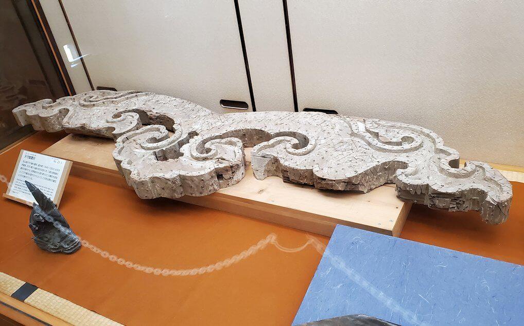 松山城天守閣内の展示されている木の部材1