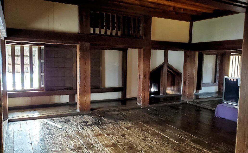 松山城大天守で更に階段を登ってみる光景2