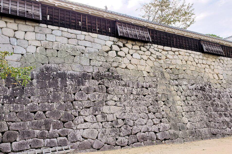 松山城の石垣