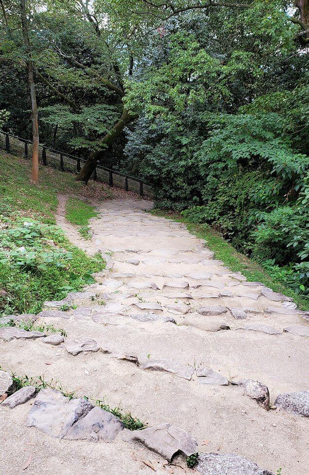 松山城「黒門口登城道ルート」を下る3