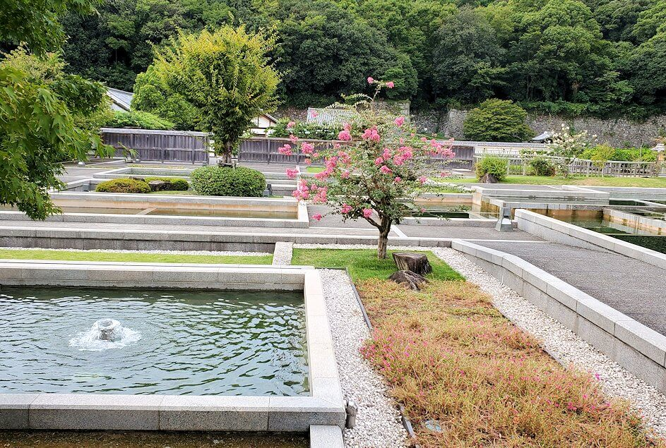 「二之丸史跡庭園」内の景観