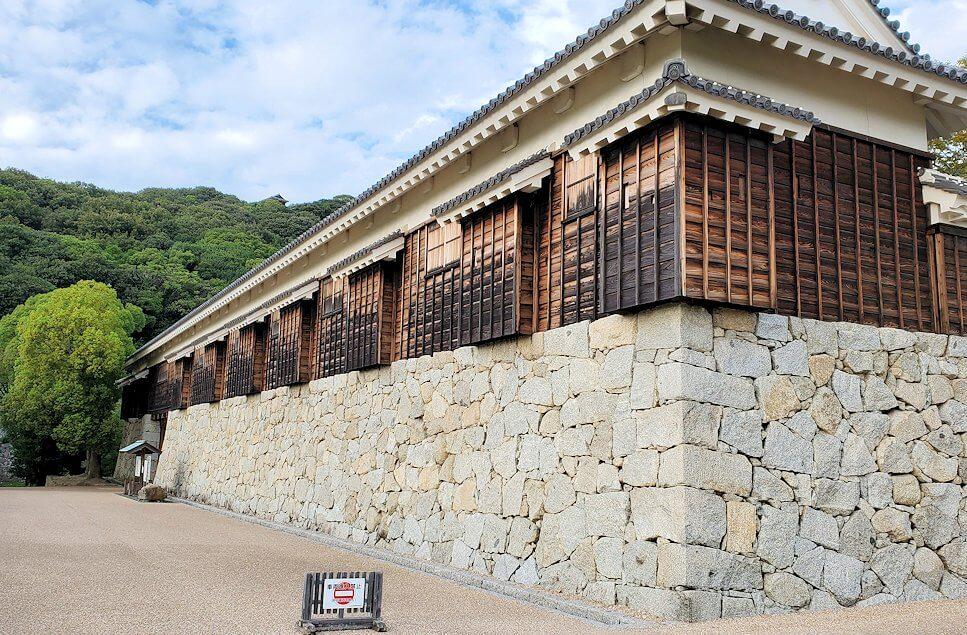二之丸史跡庭園の復原された建物