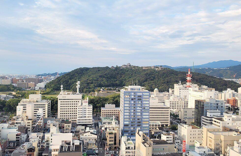 松山市の「大観覧車くるりん」から眺める松山市内の景色3