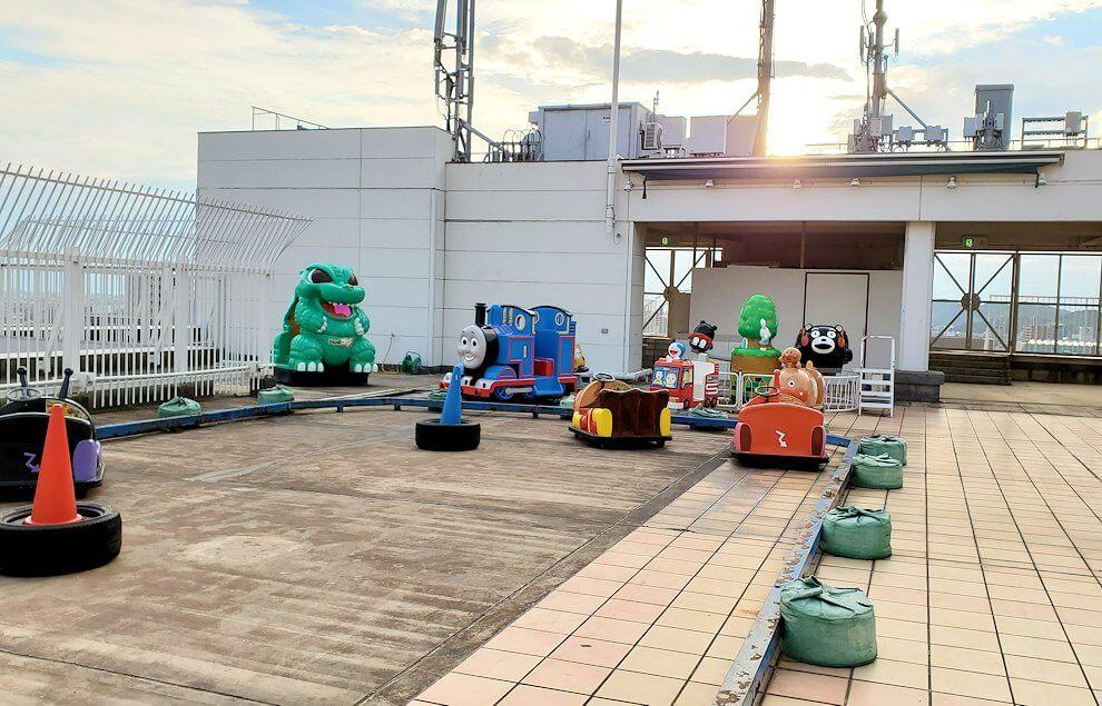 松山市の高島屋の屋上もあったゴーカート乗り場