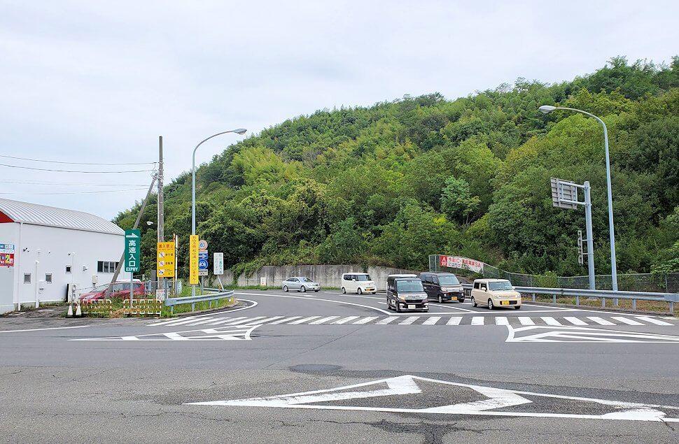 今治駅からしまなみ海道を自転車で進む2