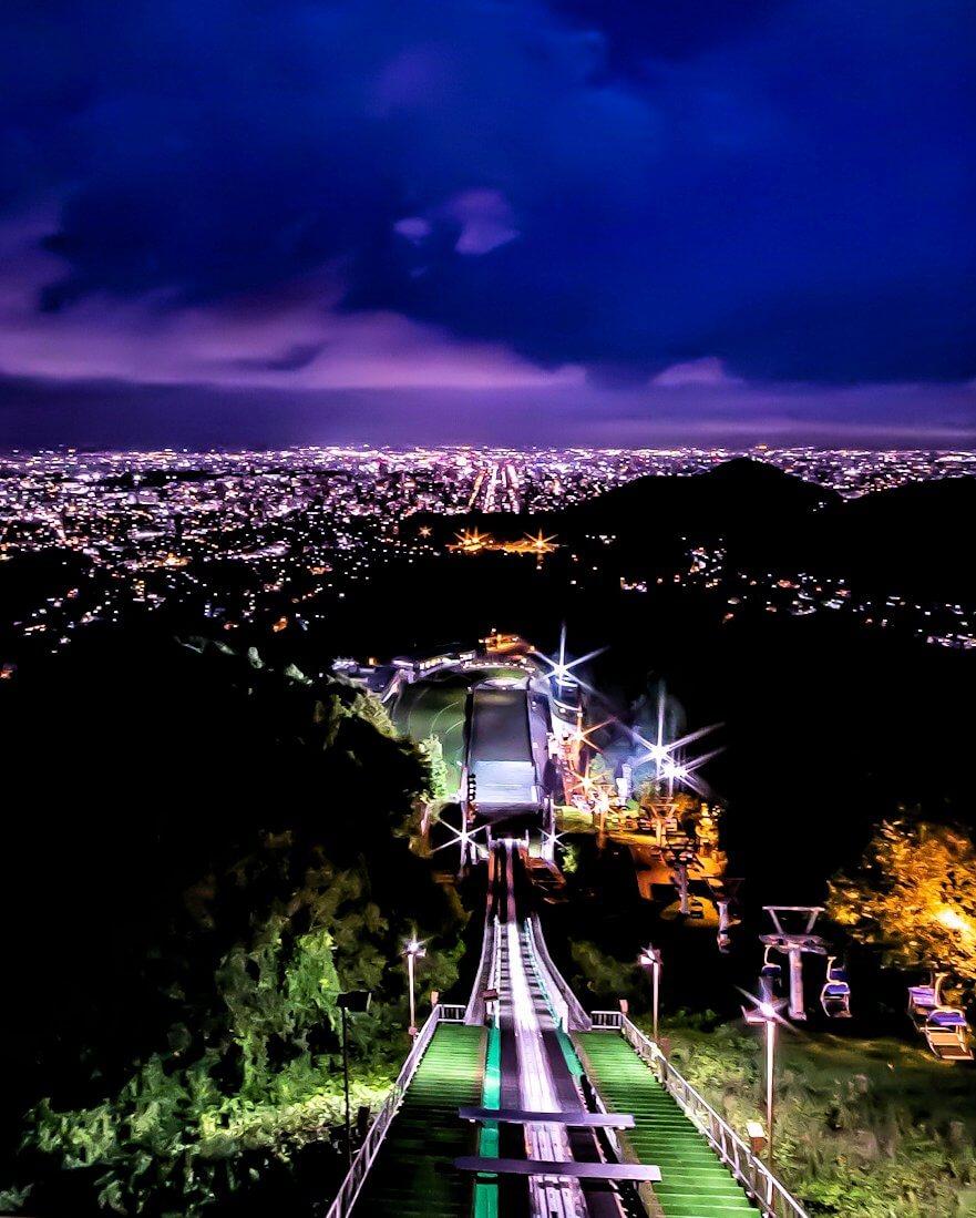 大倉山ジャンプ台から見える札幌の夜景